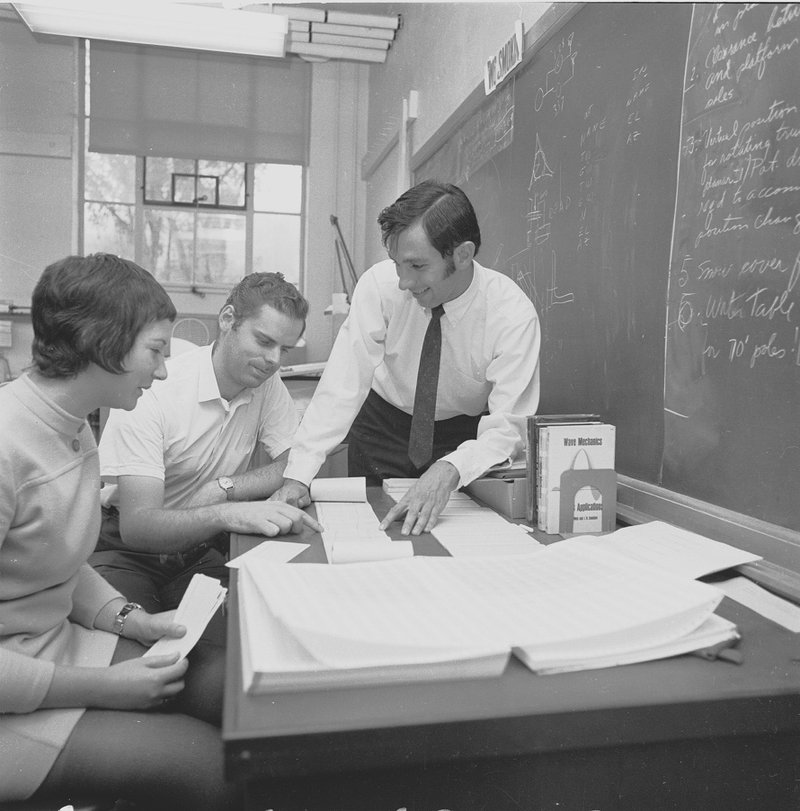 <p>Bill Dent with students in 1969.</p>