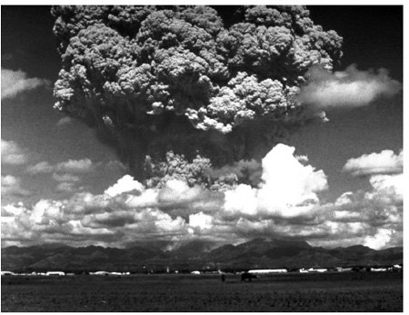 <p><strong>Fig. 2.13</strong><br>Enormous eruption plume of Mount Pinatubo, June 15, 1991. USGS photo by Dave Harlow.</p>