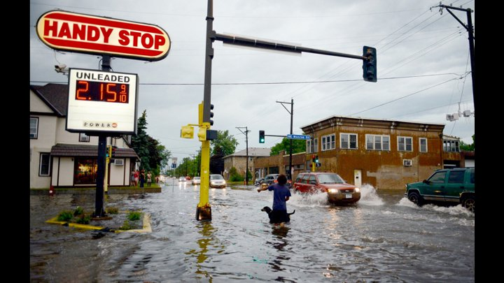 """<p class="""""""">Northeast Minneapolis flooded by the Mississippi River.<br><br></p>"""