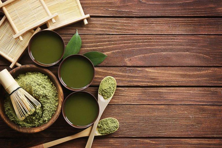 "<p class="""">Matcha powder and traditionally-prepared matcha green tea.</p>"