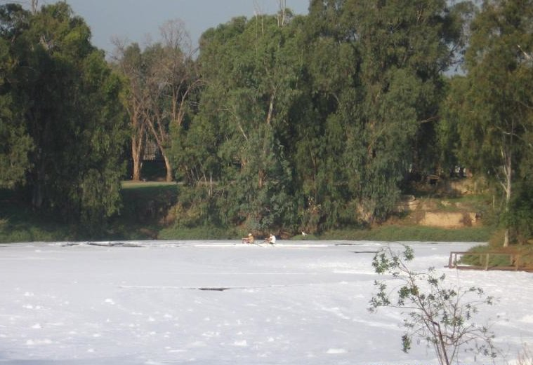 """<p class=""""""""><br></p><p>Image 3: Foam covering the Yarqon during a large-scale pollutant event (2009). Source: Jonathan Raz, YRA.</p>"""