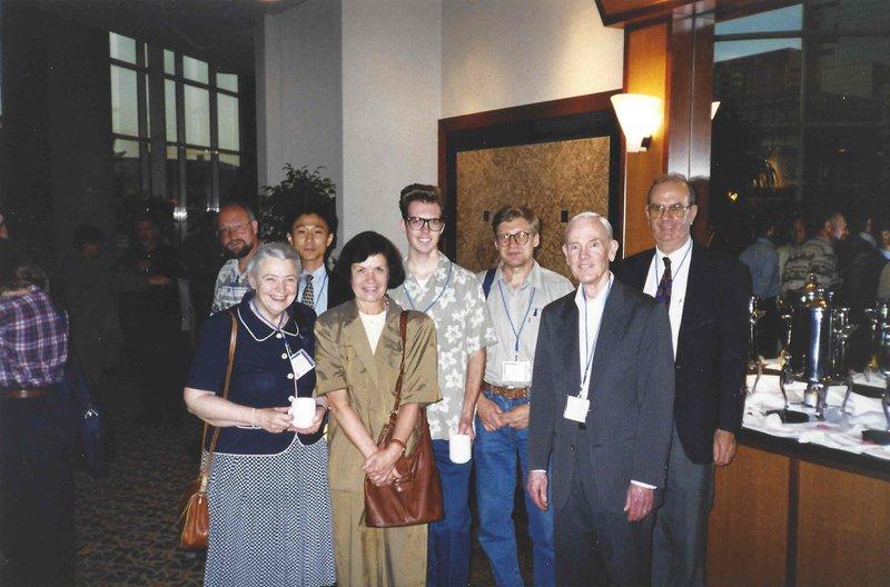 Millie, John Stockholm, Steve Cronin, Elena Rogacheva, and others at ICT 99 in Baltimore. Photo courtesy of Elena Rogacheva