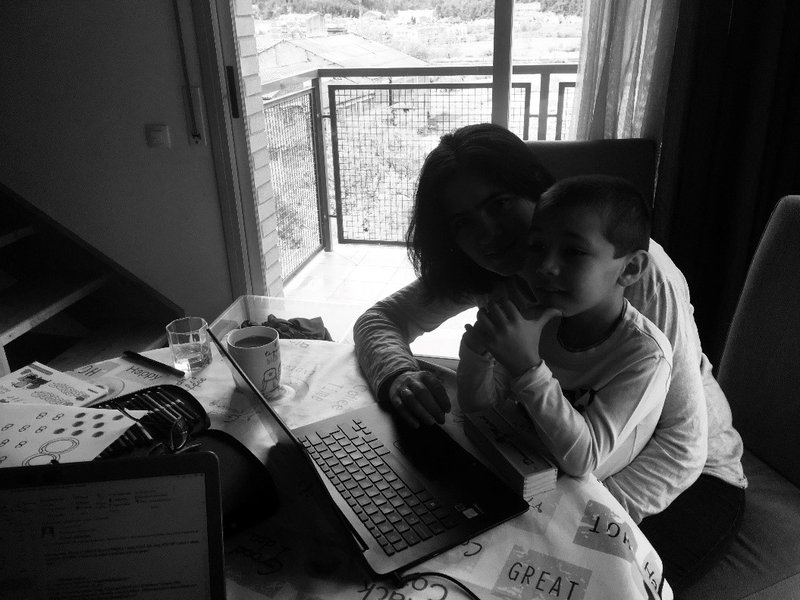 <p>The author's wife and son, on a workday during the lockdown. Photo by Hugo Valenzuela-Garcia.</p>